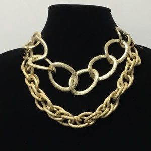 Jewelry - 3/$20 Big round linked Gold Necklace